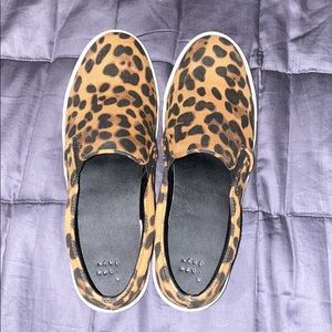 Used A New Day slide on leopard sneakers